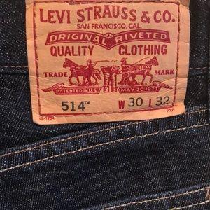 Levi's 514-like new!